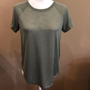 Athleta Green Light Weight Tee with Pleated Detail in the Back, Size S
